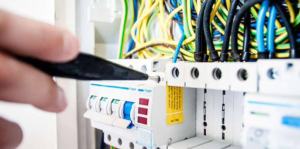 Elektroinstallation von HWH Sanitär- und Heizungsbau GmbH auf Fehmarn